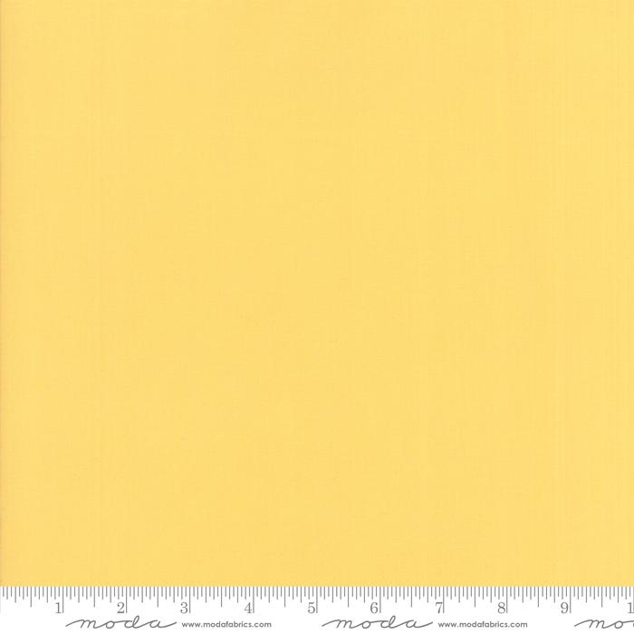 9900 332 Bella Solids Pineapple by Moda