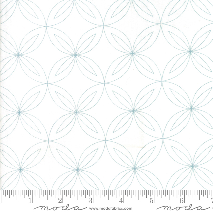 Thrive - Off White Composed by Natalie & Kathleen for Piece N Quilt