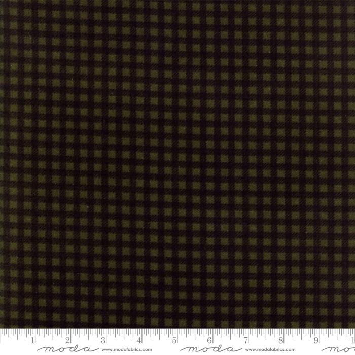 Moda 1223-20F Wool Needle V Evergreen
