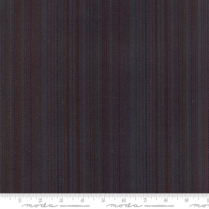 WOOL NEEDLE V FLANNEL CORNFLOWER W/ DOTTED LINES 1224-22F