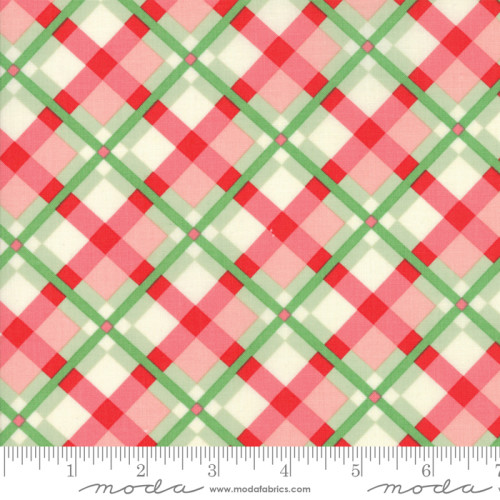 Swell Christmas Green Red Plaid 31122 18