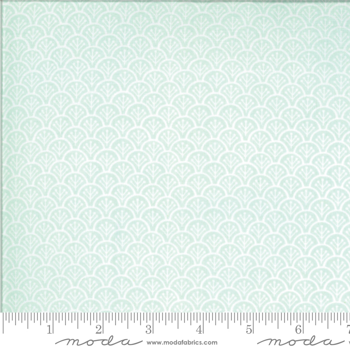 Chantilly For Get Me Not by Fig Tree Quilts 20344 14