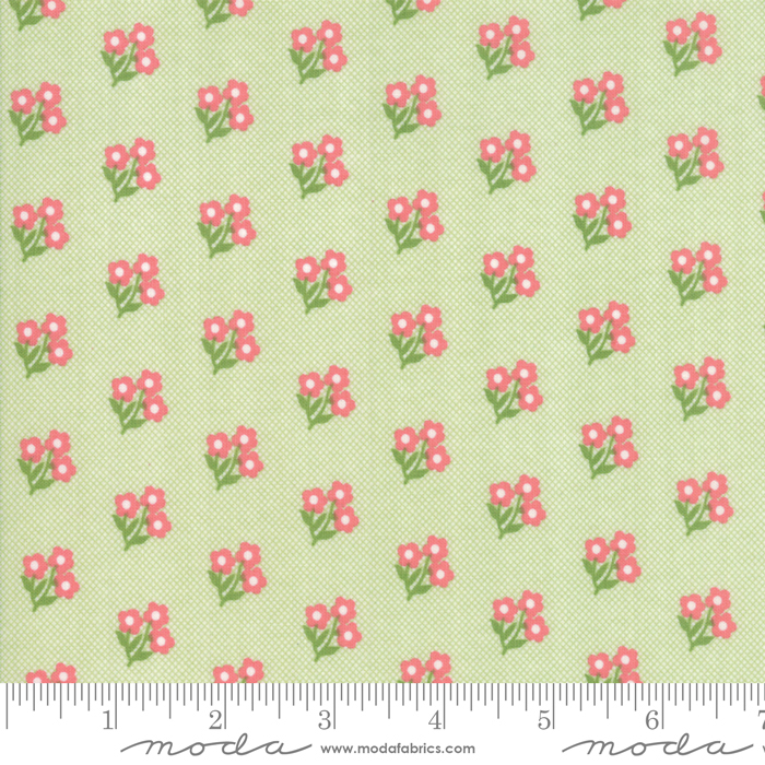 Moda Fabrics - Lollipop Garden Apple - 5082 11