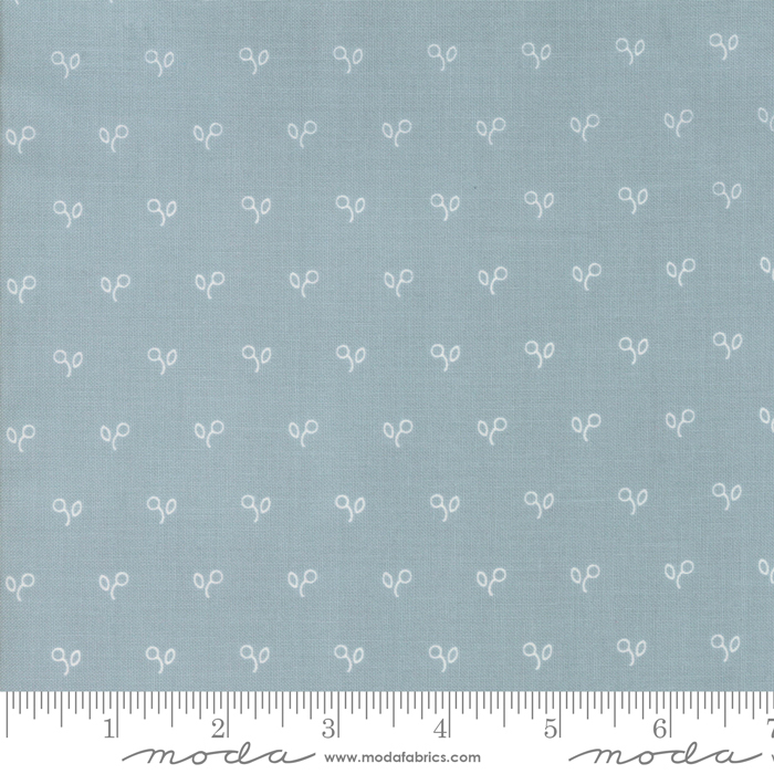 Northport Circle Flowers Prints Blue