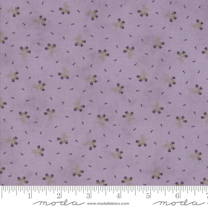 Clover Meadow Lilac 2237 14 by Moda