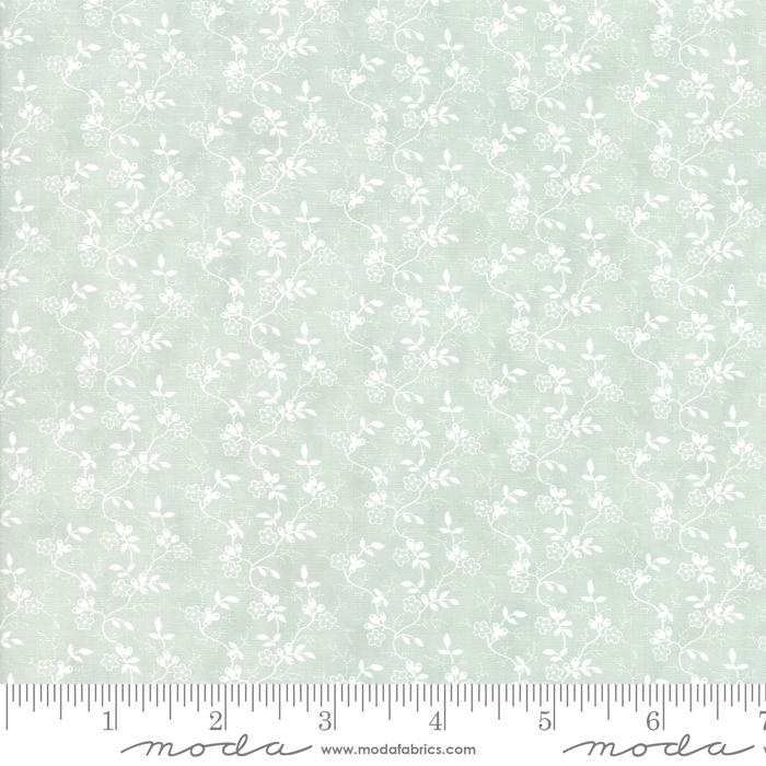 Rue 1800 Robins Egg White Floral