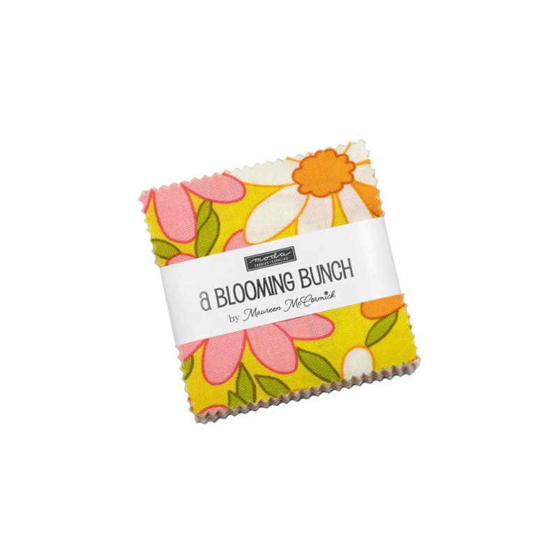 A Blooming Bunch Mini Charm (42 Pieces) - Maureen McCormick - Moda