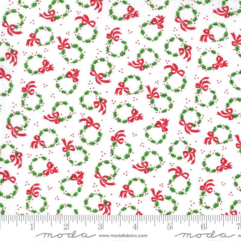 Merry Bright Winter White Wreaths 22403 13