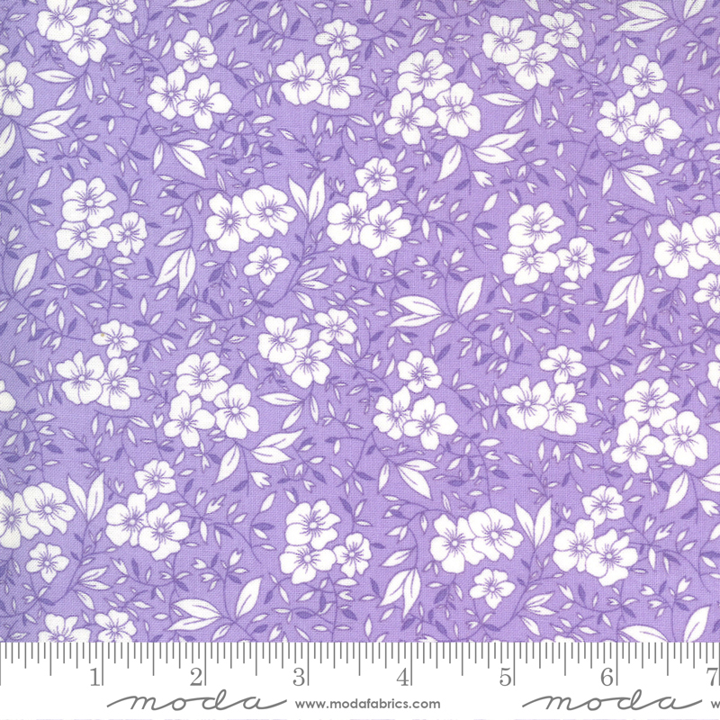 30s Playtime Friendly Blooms Floral Lilac