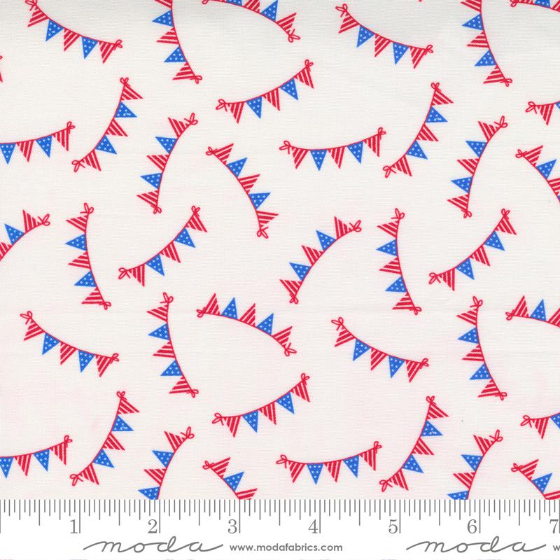 Holiday Americana White Bunting - 20762-11
