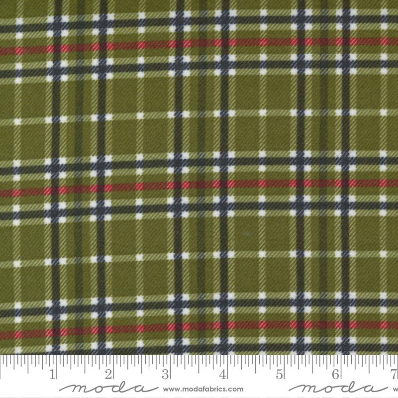 Yuletide Gatherings Flannel Holly 49148 13F