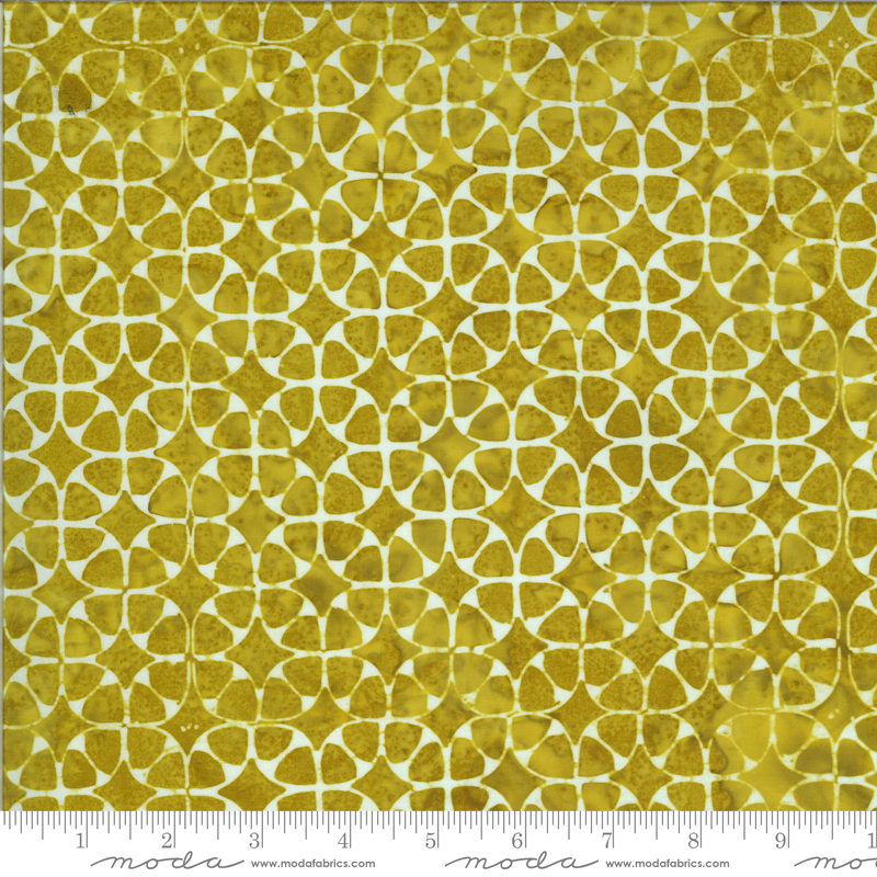 Limeaid Circle- Malibu Batiks by Moda