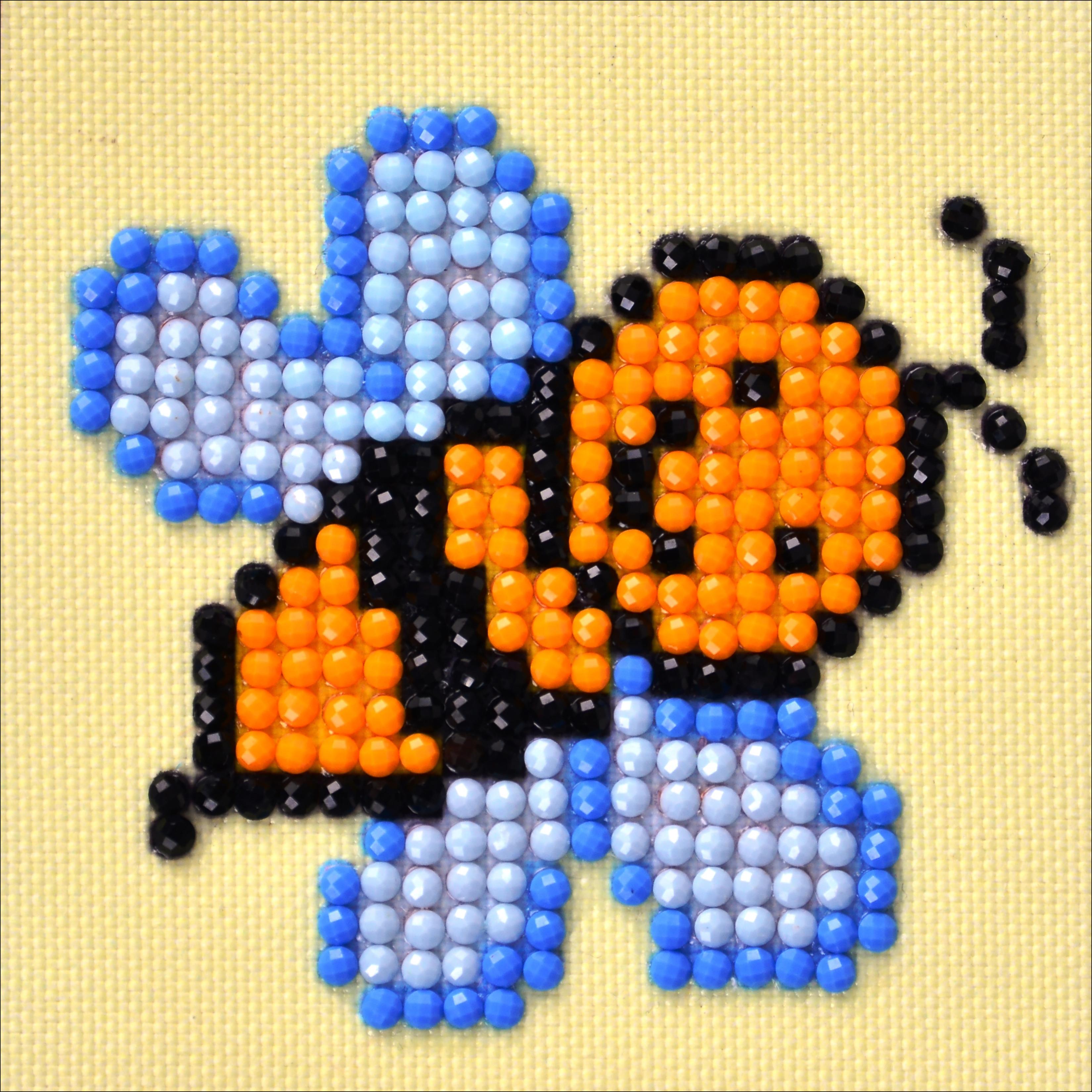 Diamond Dotz Diamond Embroidery Facet Art Kit 4.75X4.75-Busy Buzzz