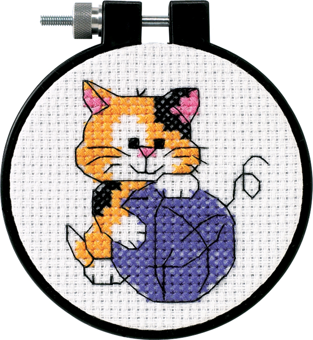 Dimensions/Learn-A-Craft Counted Cross Stitch Kit 3 Round-Cute Kitty (11 Count)