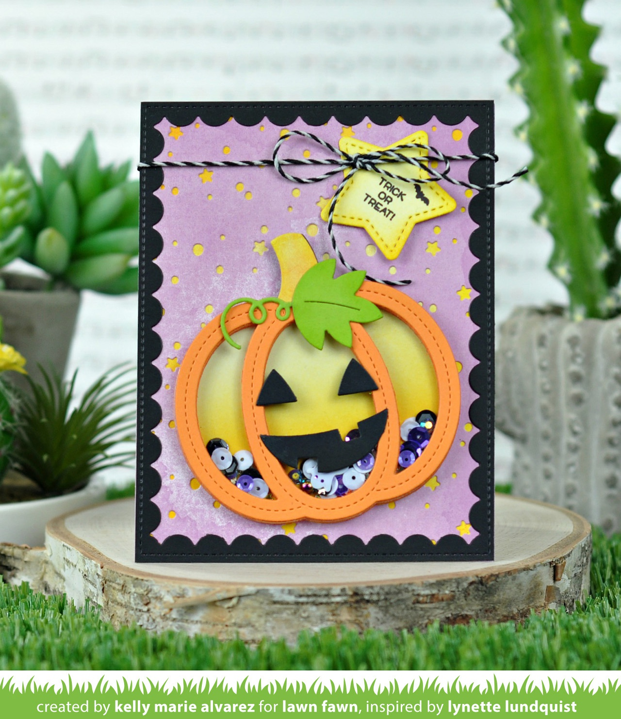 Lawn Cuts Custom Craft Die-Stitched Pumpkin Frame