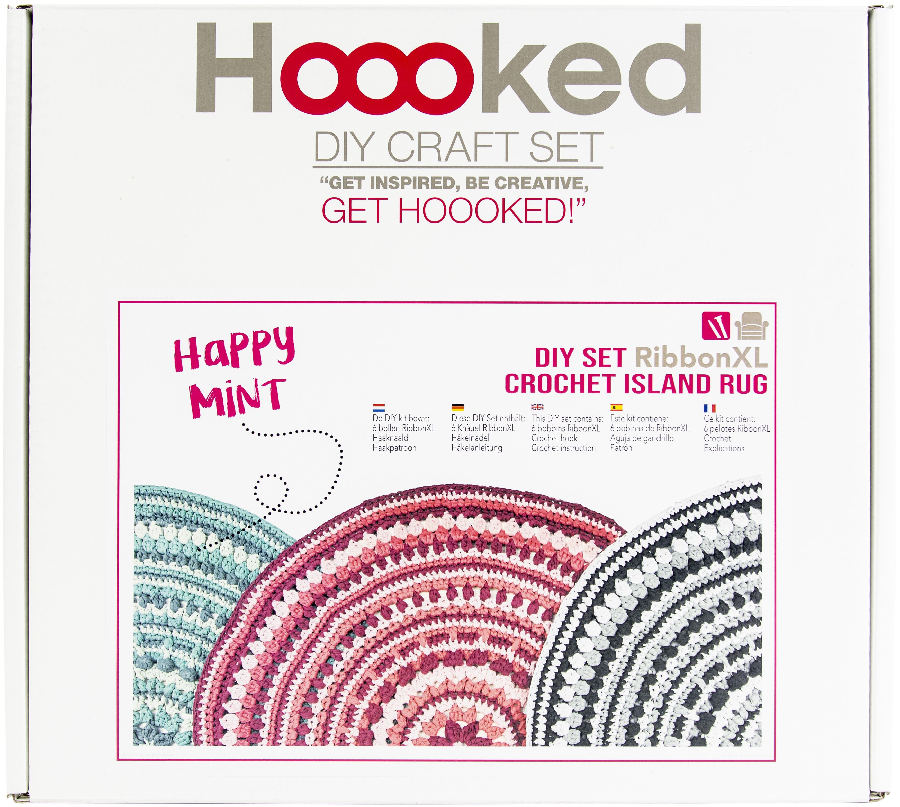 Hoooked Crochet Island Rug Kit W/RibbonXL-Happy Mint