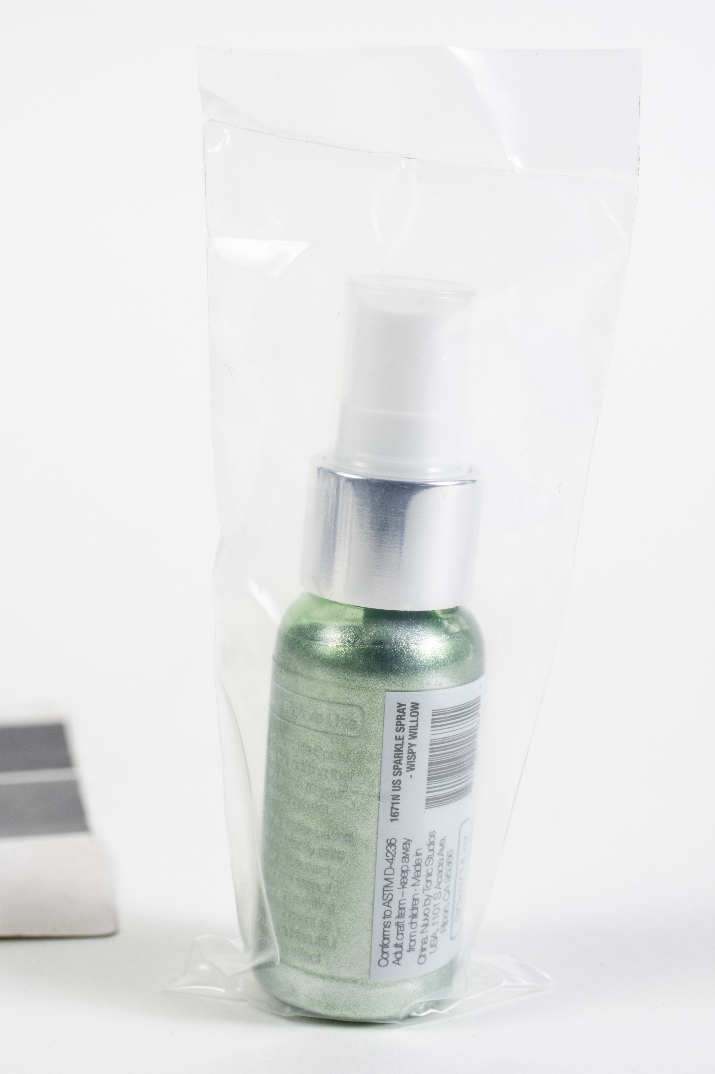 Nuvo Sparkle Spray-Apple Spritzer