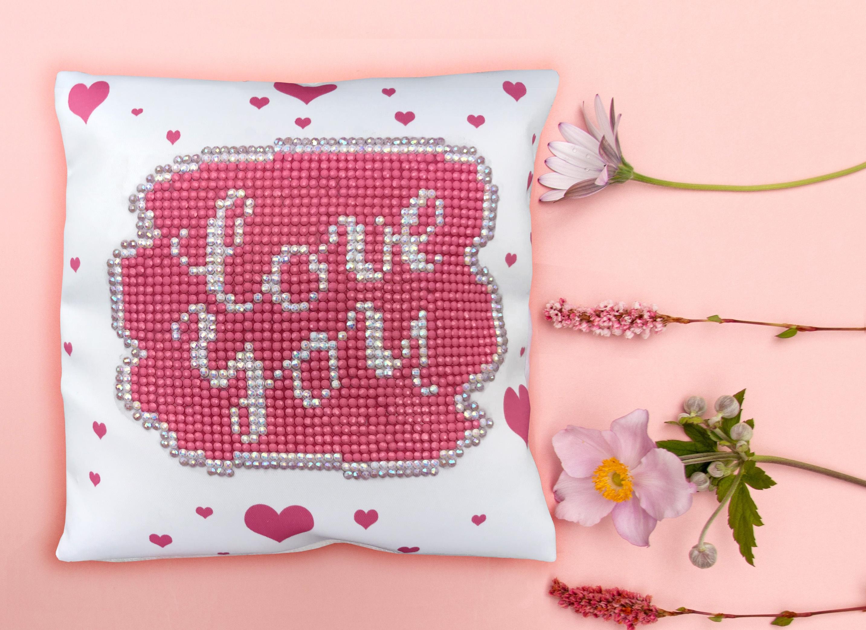 Diamond Dotz Diamond Embroidery Mini Pillows 7X7-Love You