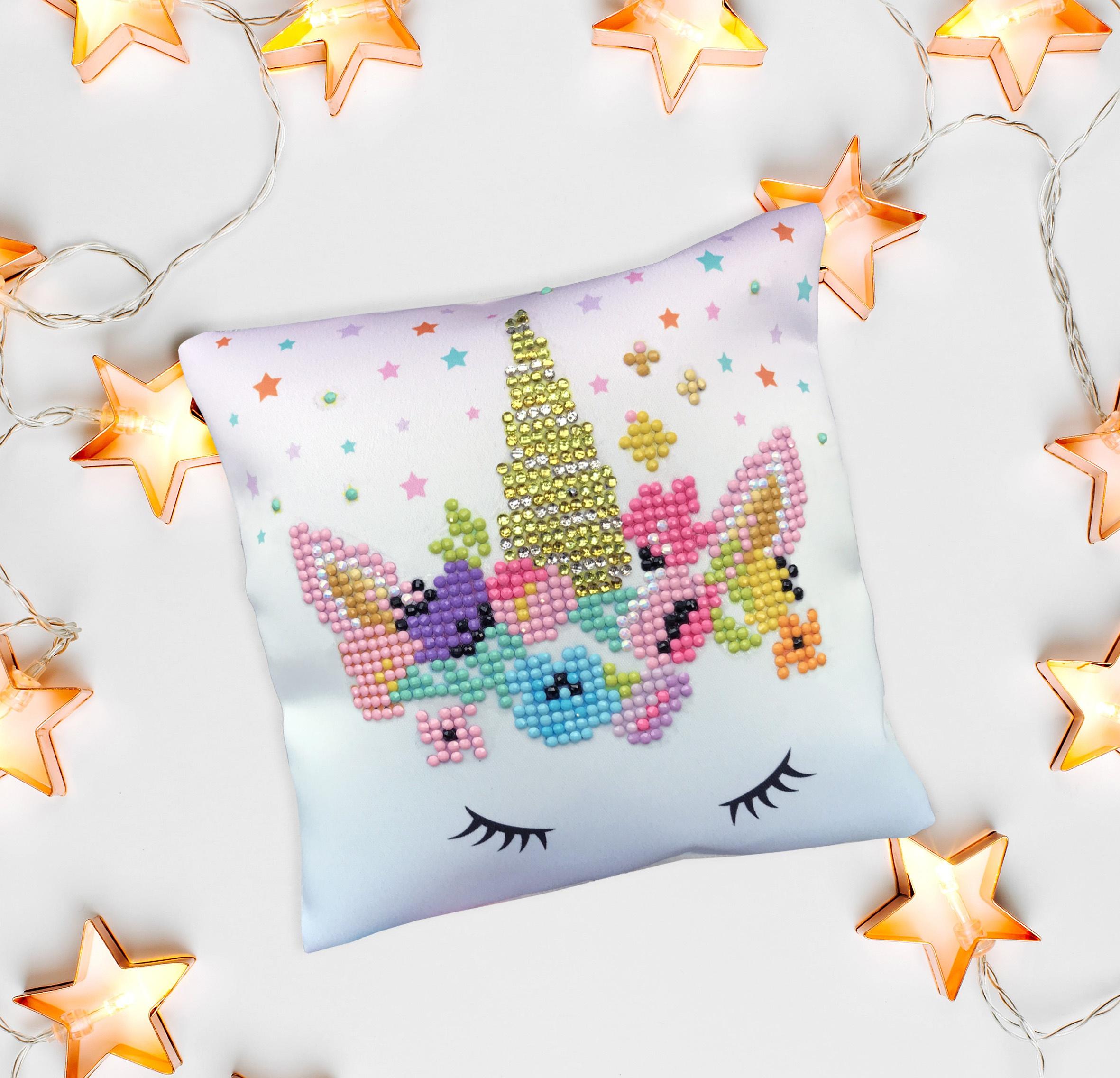 Diamond Dotz Diamond Embroidery Mini Pillows 7X7-Flower Crown