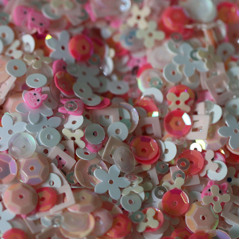 Dress My Crafts Sequins 25gms-Pink Piggy