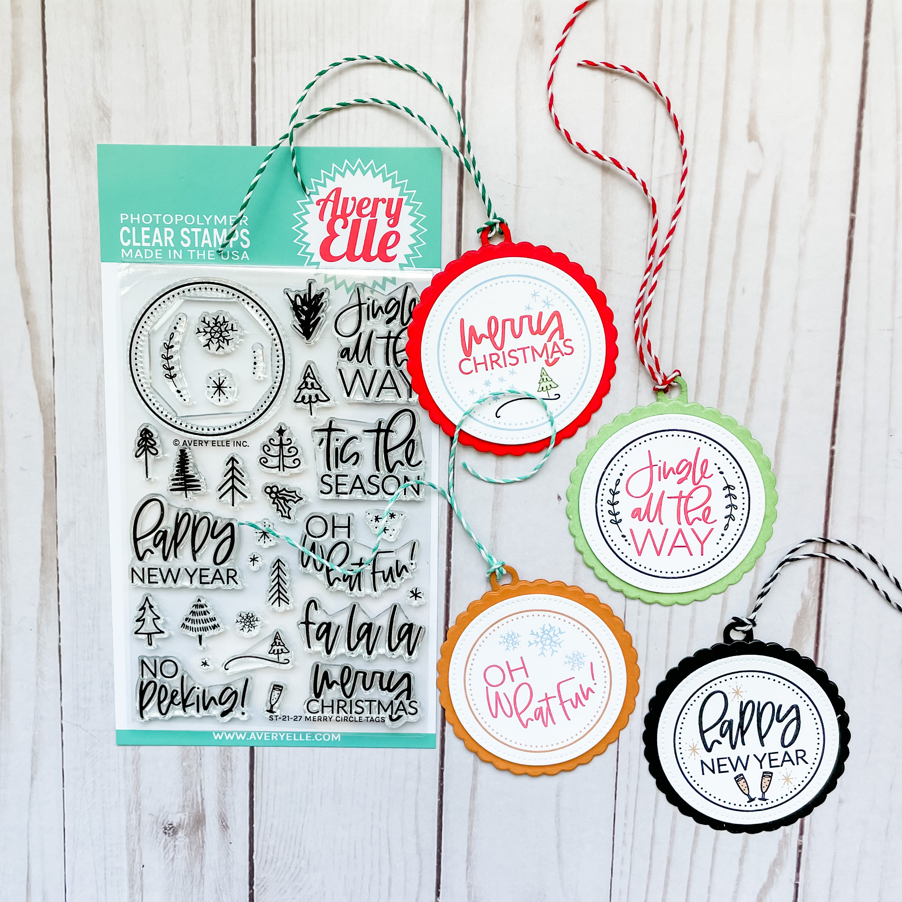 Avery Elle Clear Stamp Set 4X6-Merry Circle Tags