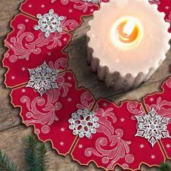Freestanding Holiday Wreaths USB