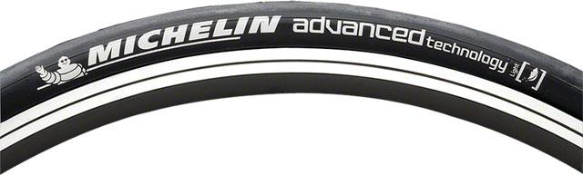 Michelin Wild Run'r Advanced Tire,  26x1.1 Black