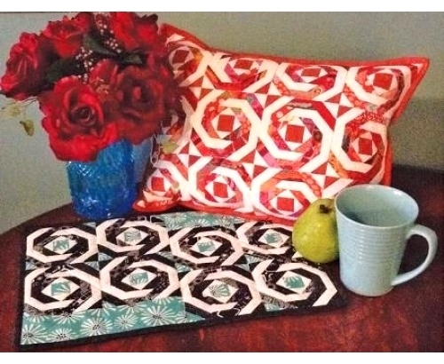 Pineapple Pillow or Placemat CLPJAW050