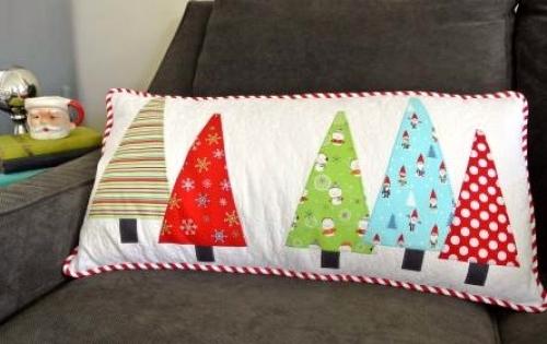 Cut Loose Press - Tree Hugger Pillow Pattern