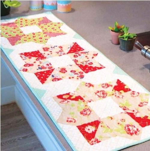 Cut Loose Press - Begonia Table Runner Pattern CLPISE015 - Quilt in a Day Patter...