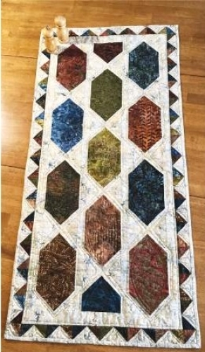 Cut Loose Press - Easy Street Table Runner Pattern CLPPSQ002 - Quilt in a Day Pa...
