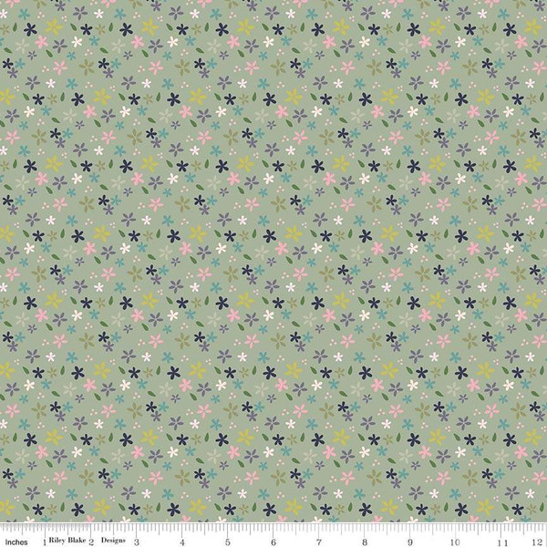 Mary Elizabeth Daisies Green C7922