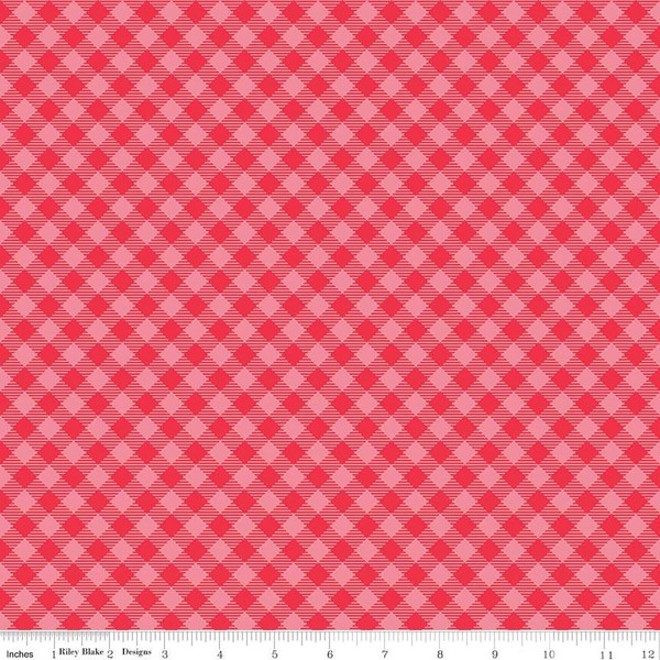 Cozy Christmas Gingham Pink