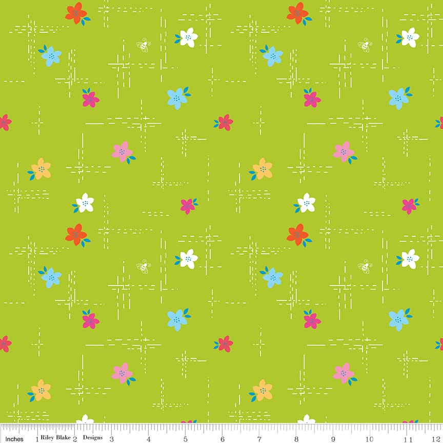 C7451 Simply Happy Dash Lime by Dodi Lee Poulsen for Riley Blake Designs. 100% cotton 43 wide