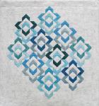 Love links quilt - shades of blue