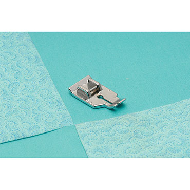 BABYLOCK 1/4 QUILTING FOOT CARDED