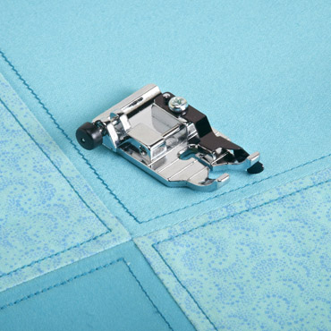 1/4 IN QUILTING FOOT WITH FABRIC GUIDE AND LOCK PIN BLSO-QGF