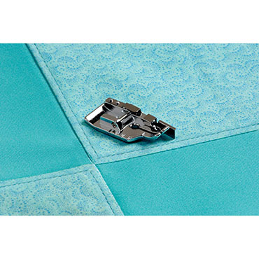 1/4 IN QUILTING FOOT WITH GUIDE BABYLOCK CARDED