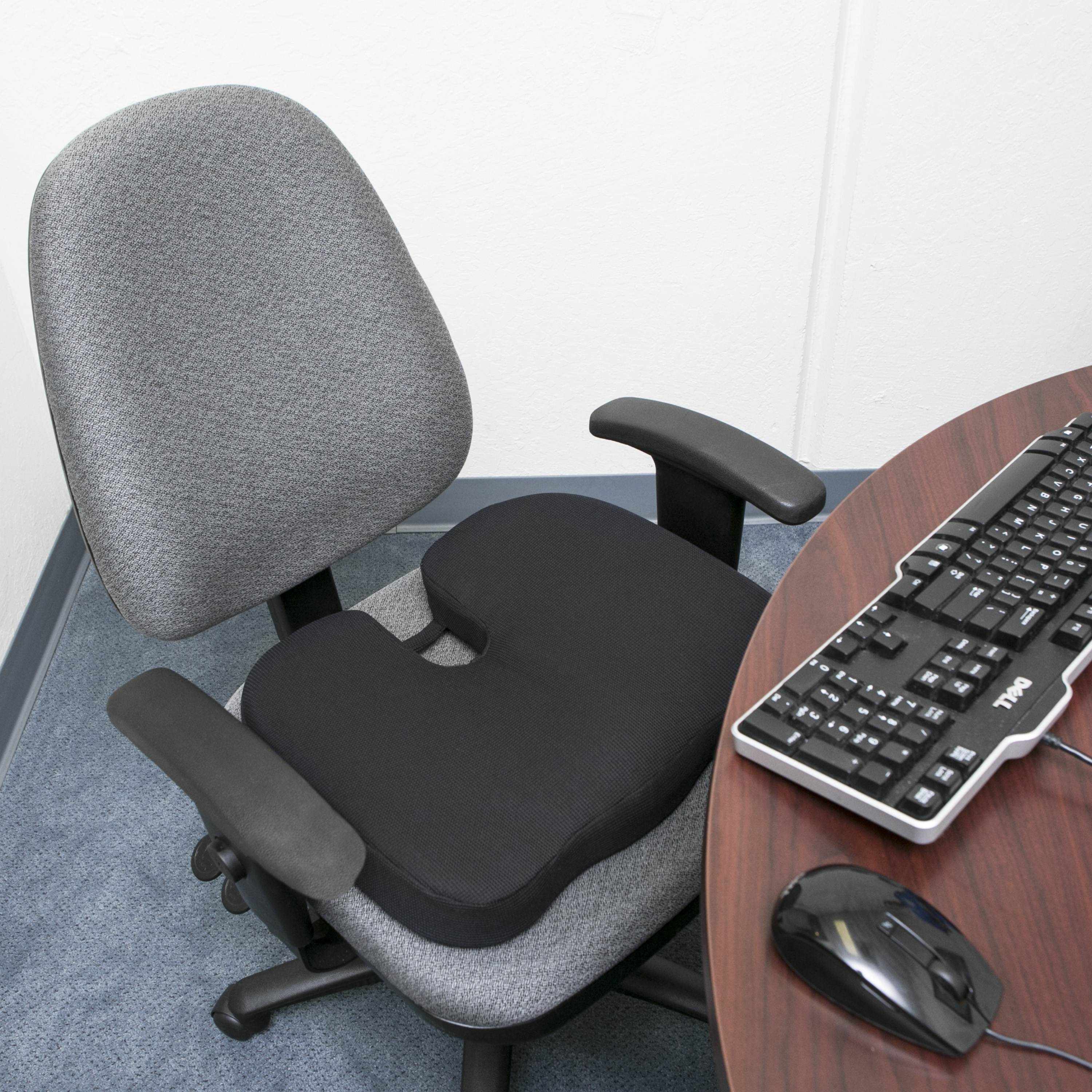 RelaxFusion Coccyx Seat Cushion